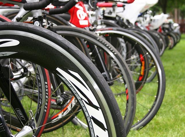 triathlon training kit